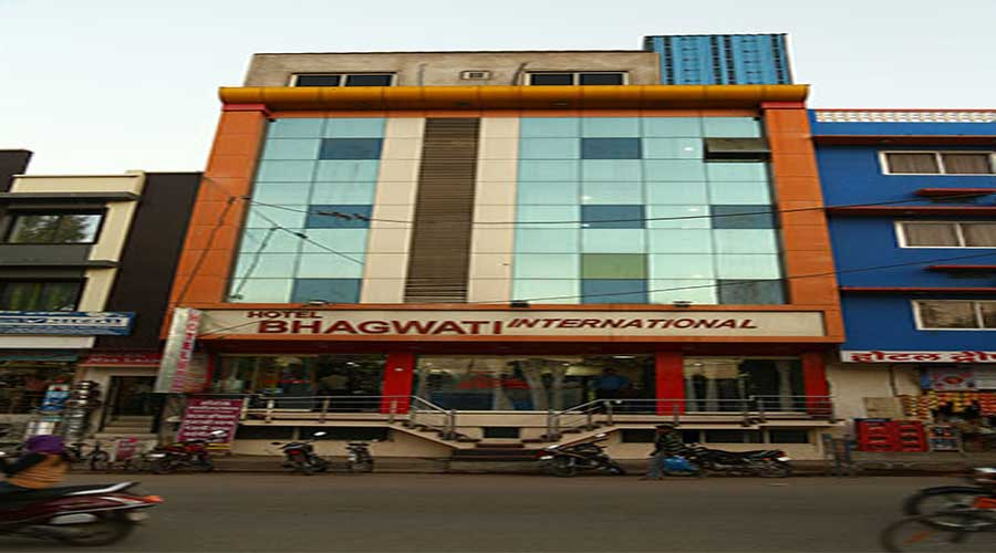 Large Photograph of HOTEL BHAGWATI INTERNATIONAL ABU ROAD located in Abu Road