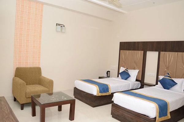 HOTEL GOLDEN FORTUNE AZAMGARH