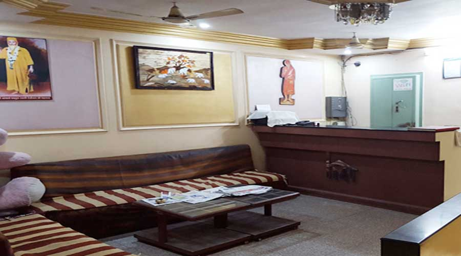 Large Photograph of HOTEL METROPOLE AHMEDABAD located in Ahmedabad