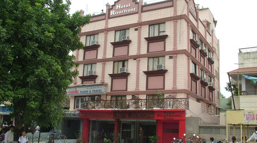 View of HOTEL RIVERFRONT AHMEDABAD - Budget Hotels in Ahmedabad