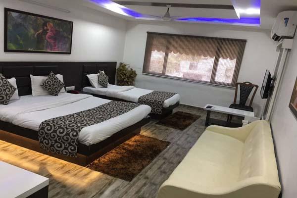View of HOTEL SADBHAV AHEMDABAD - Budget Hotels in Ahmedabad