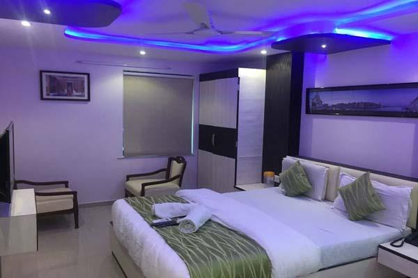 HOTEL SADBHAV AHEMDABAD