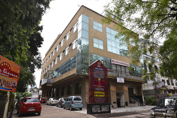 Large Photograph of HOTEL SAKET located in Allahabad