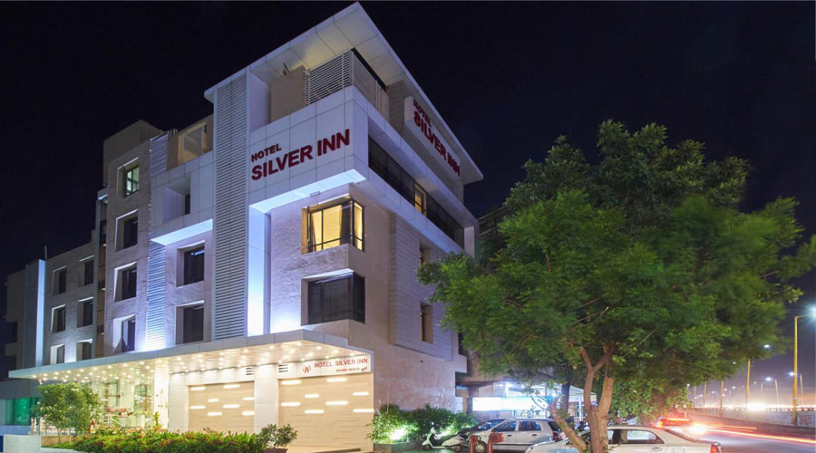Large Photograph of HOTEL SILVER INN AURANGABAD located in Aurangabad