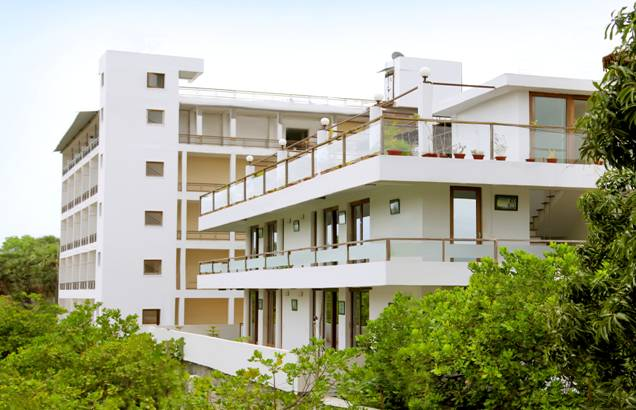 Purple resort auroville main road chola transport kuilapalayam auroville hotels for Villas in pondicherry with swimming pool