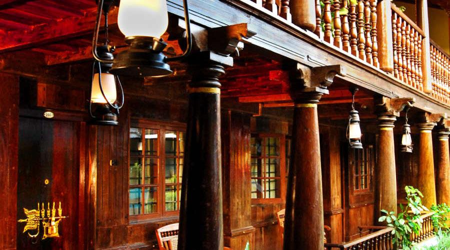 HOTEL ROSSITTA WOOD CASTLE COCHIN