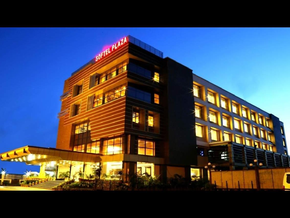 Large Photograph of HOTEL SOFTEL PLAZA located in Dehradun