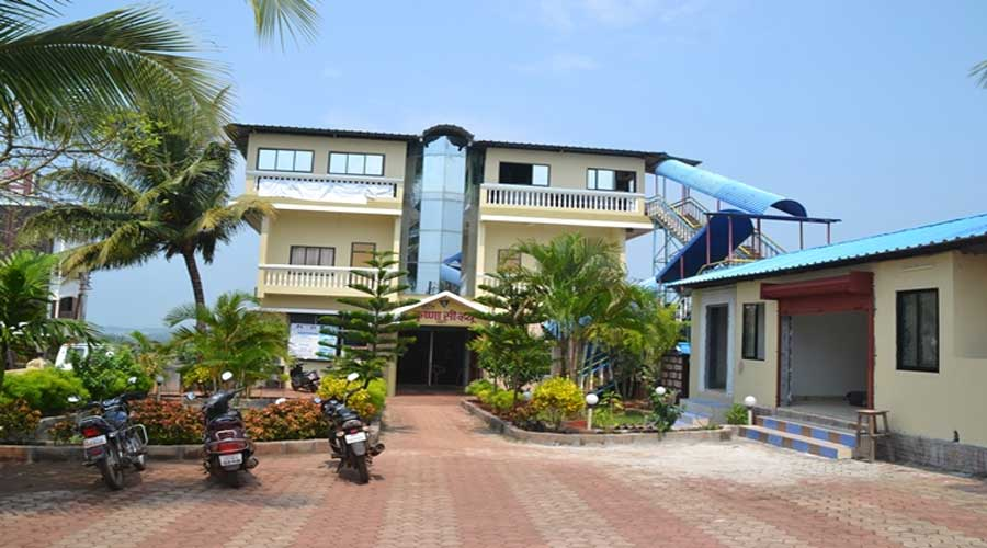 Large Photograph of HOTEL KRISHNA SEA VIEW GANPATIPULE located in Ganapatipule