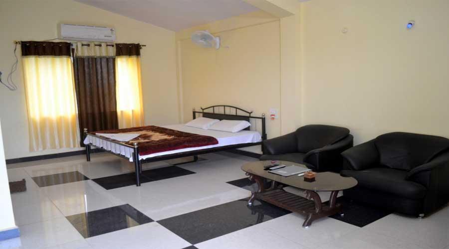 Lobby Of The Madhai Resort Hoshangabad Hotel Budget Hotels In