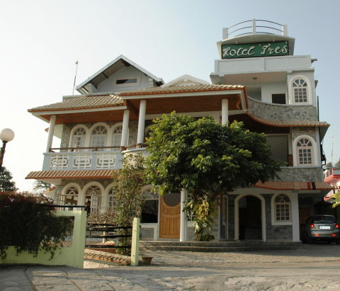 Large Photograph of HOTEL TRES KALIMPONG located in Kalimpong