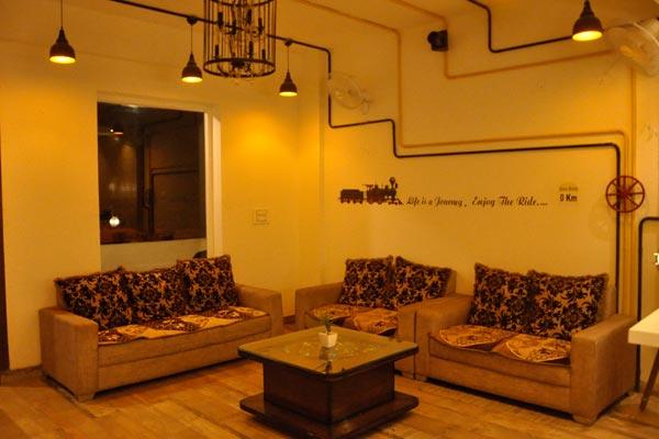 Hotel Lotus Grand Akm