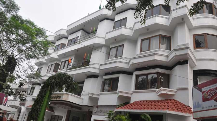 Large Photograph of HOTEL JEWEL KARNAL located in Karnal