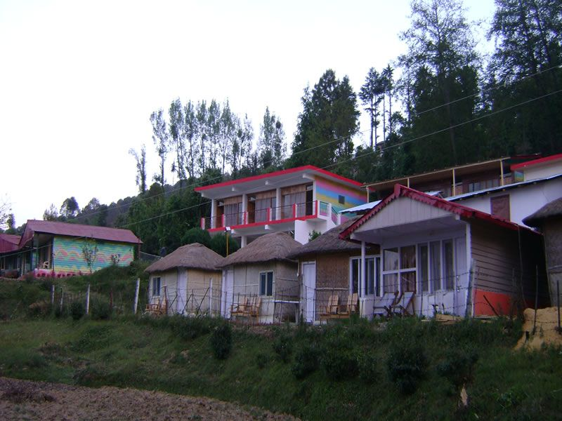 Large Photograph of Blossom Hotel And Resort Kausani located in Kausani