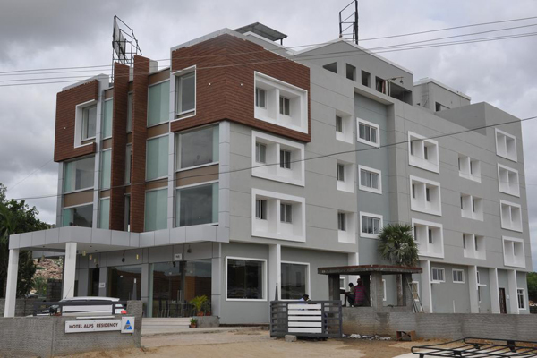 Large Photograph of HOTEL ALPS RESIDENCY located in Krishnagiri