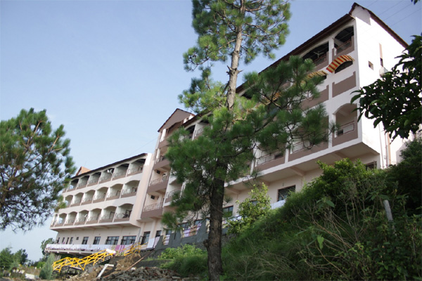 Large Photograph of KASANG REGENCY HILL RESORT LANSDOWNE located in Lansdowne