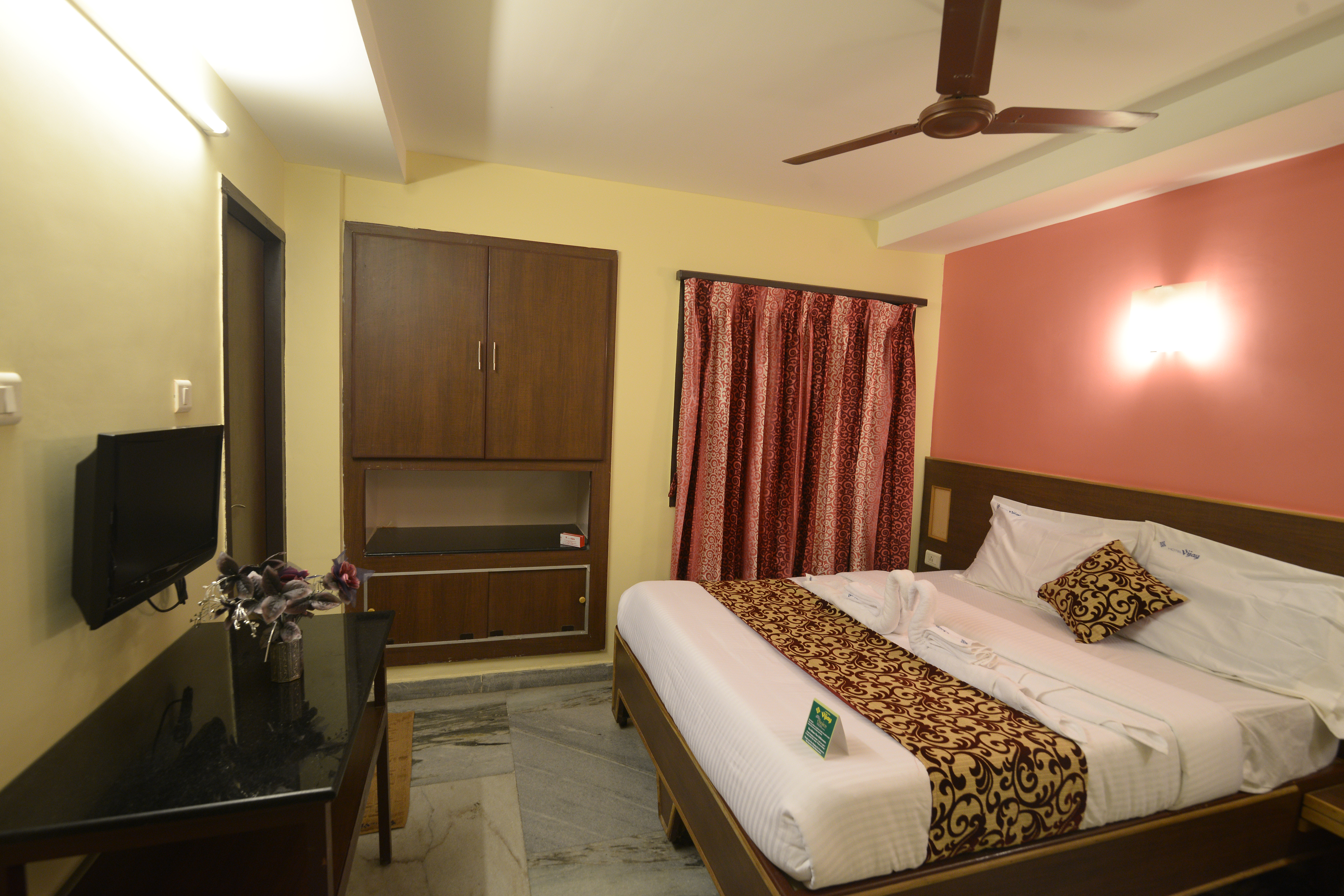 Large Photograph of HOTEL VIJAY MADURAI located in Madurai