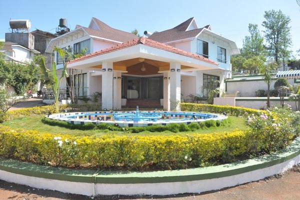 Large Photograph of United -21 Resort located in Mahabaleshwar