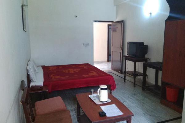 Lobby of Hotel Gaurav Goverdhan Hotel Mathura - Budget Hotels in Mathura
