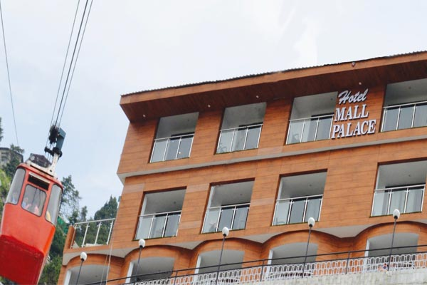 Large Photograph of Hotel Mall Palace located in Mussoorie