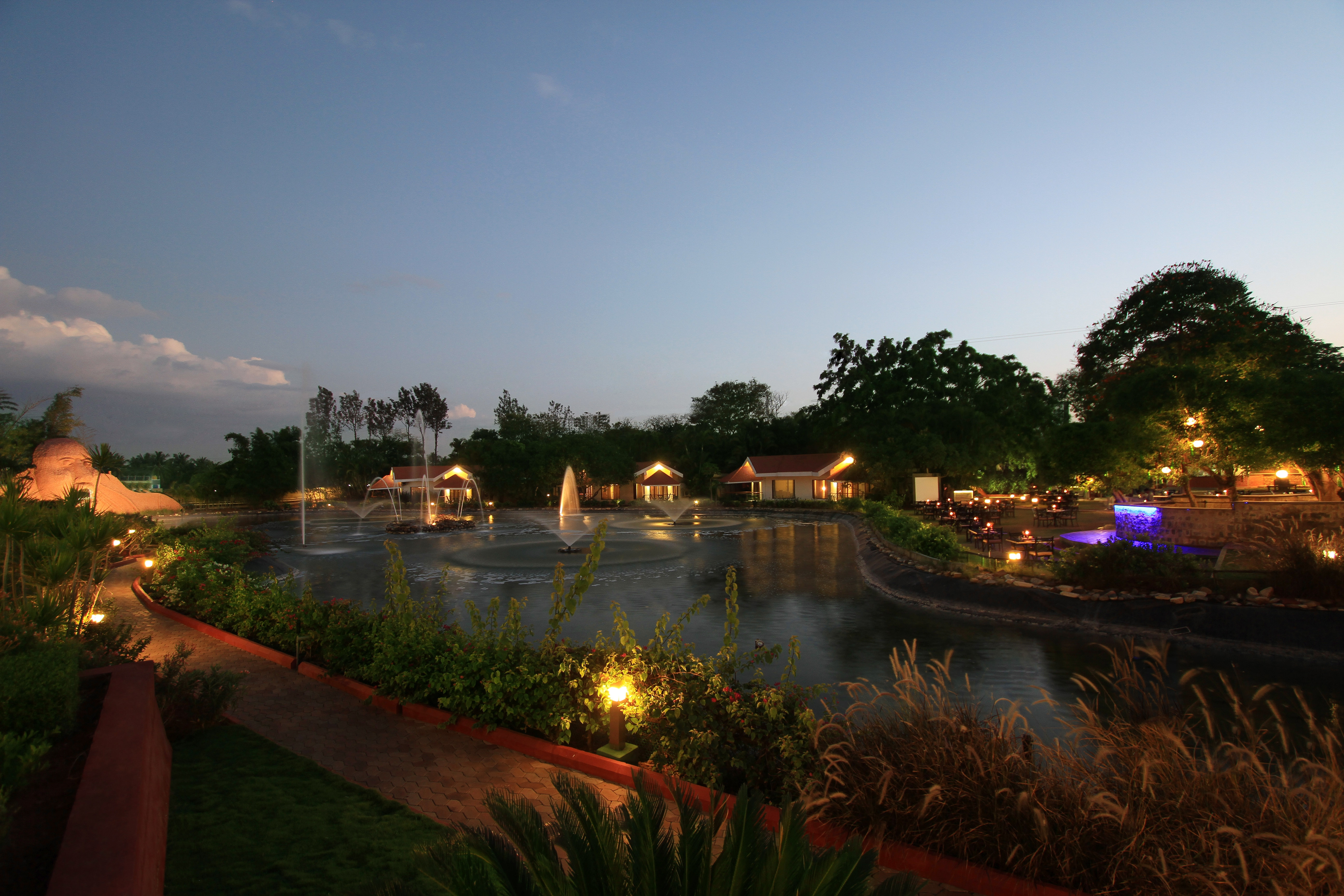 Large Photograph of SILENT SHORES RESORT AND SPA MYSORE located in Mysore