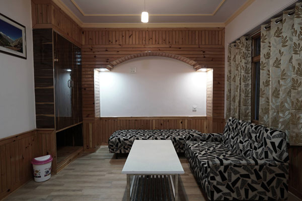 HOTEL SARA NARKANDA