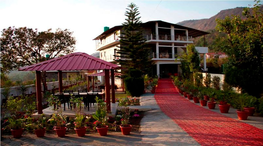 Large Photograph of COUNTRY INN NAUKUCHIYATAL located in Naukuchiatal