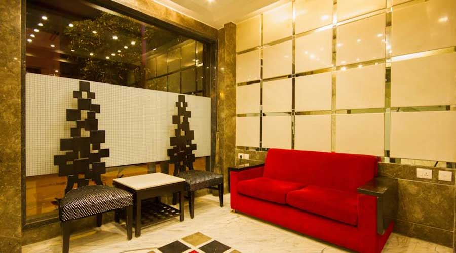 Lobby of HOTEL SUNCOURT CORPORATE Hotel New Delhi - Budget Hotels in New Delhi