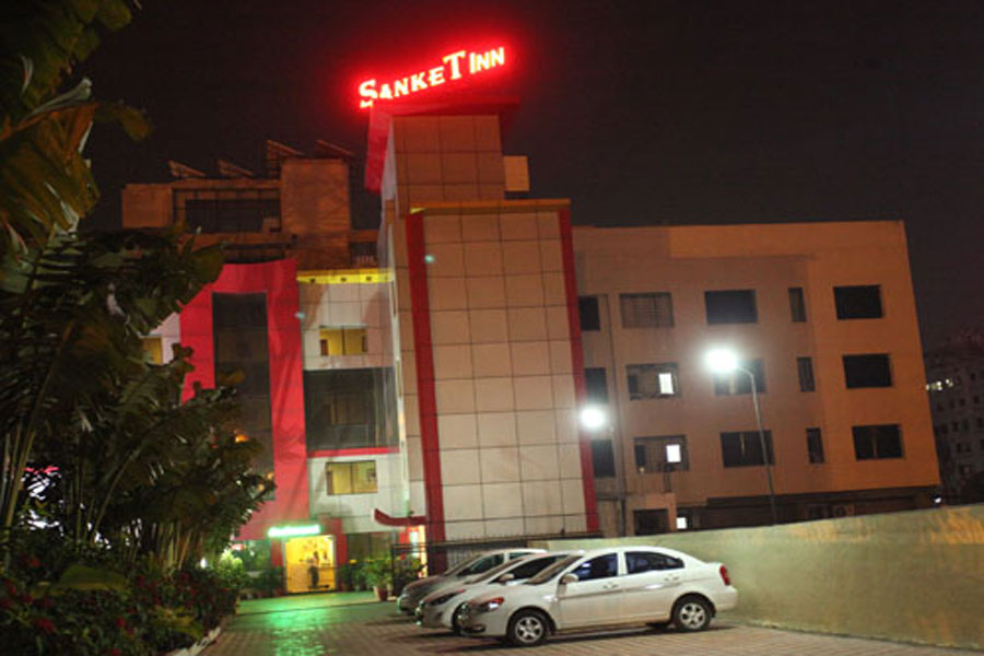 Large Photograph of Hotel Sanket Inn Pune located in Pune