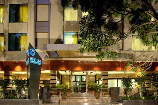 Large Photograph of Hotel Jukaso Pune located in Pune