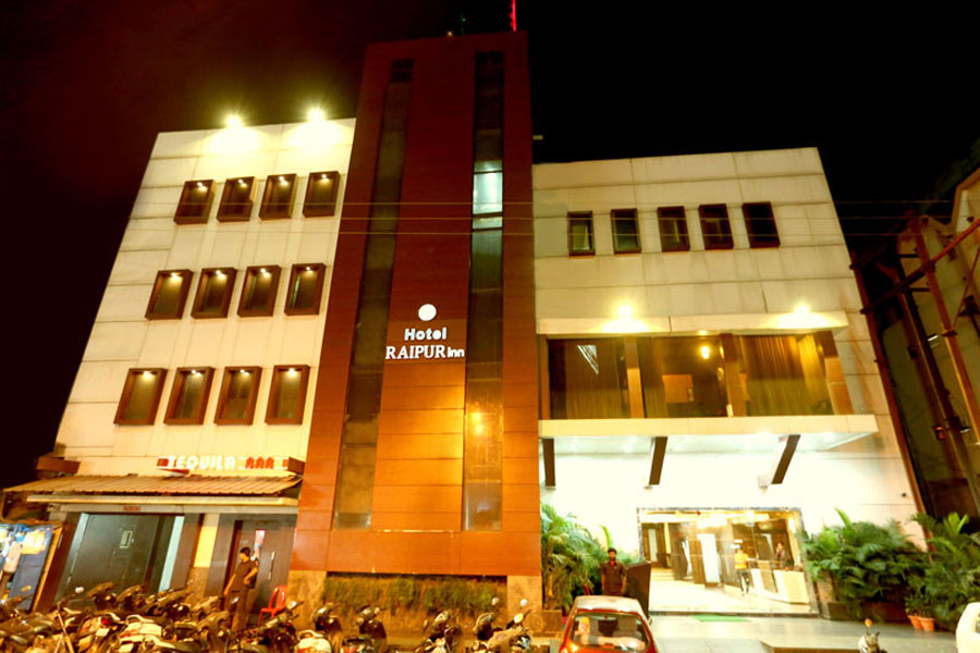 Large Photograph of HOTEL RAIPUR INN located in Raipur