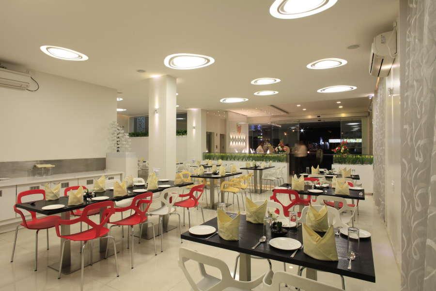 Lobby of HOTEL SAI MAHAL Hotel Shirdi - Budget Hotels in Shirdi