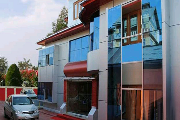 Large Photograph of HOTEL BUTTERFLY SRINAGAR located in Srinagar