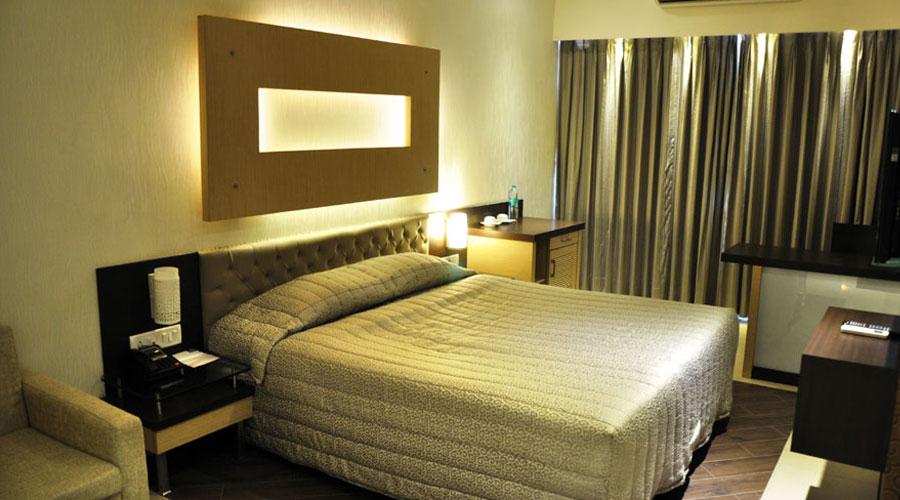 HOTEL CAPITOL THANE