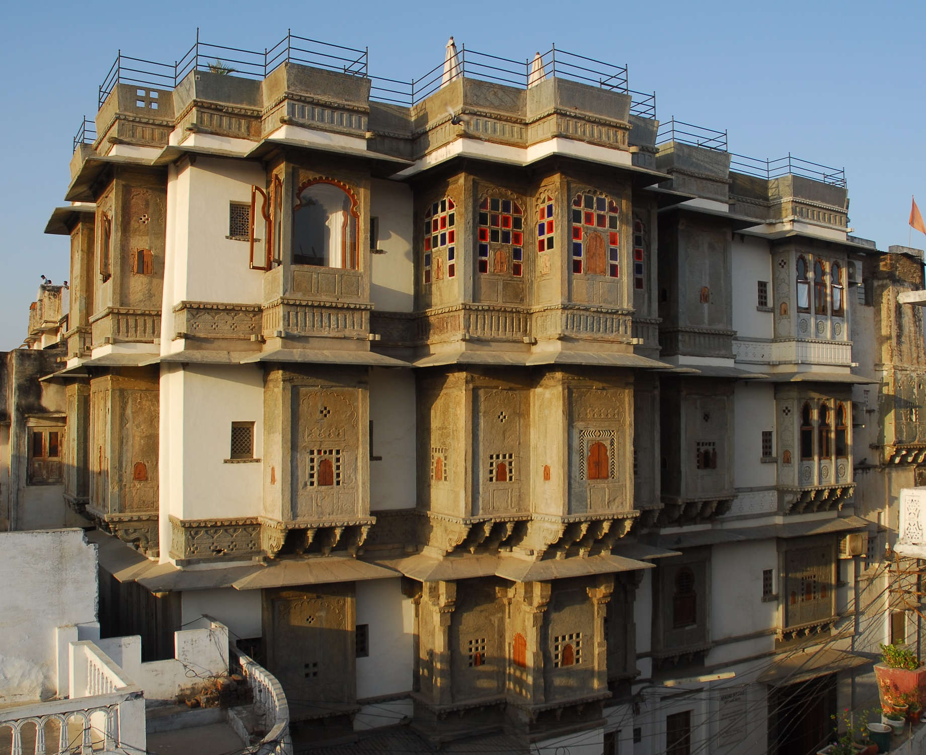 Large Photograph of MADRI HAVELI UDAIPUR located in Udaipur