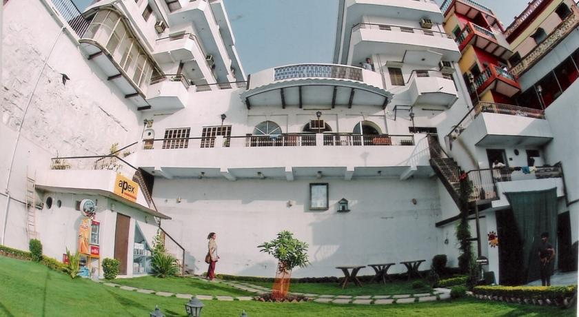 Large Photograph of HOTEL ALKA VARANASI located in Varanasi