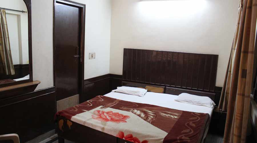 Double Non AC Room, HOTEL AJAY INTERNATIONAL - Budget Hotels in Agra