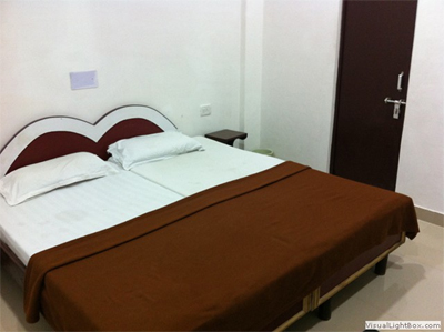 Standard AC Room, HOTEL SAFARI AGRA - Budget Hotels in Agra