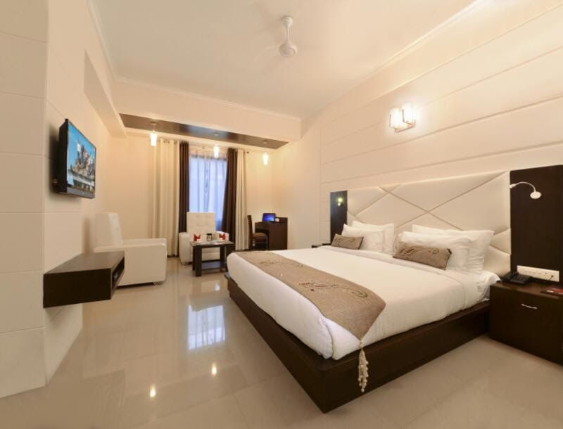 Deluxe Room,                                     HOTEL CRIMSON PALACE AGRA - Budget Hotels in Agra
