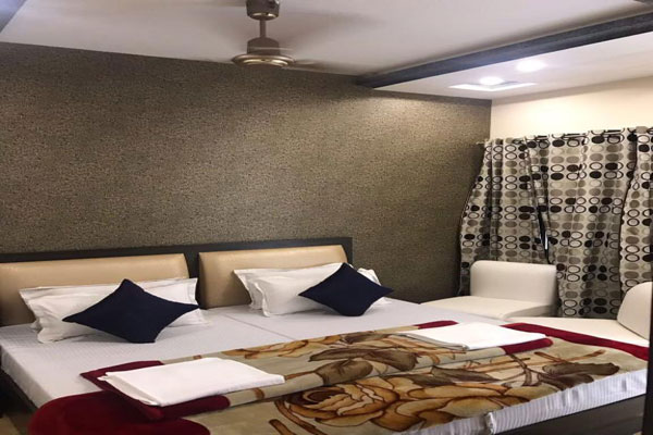 Semi Deluxe Room, Hotel Sheela Agra - Budget Hotels in Agra