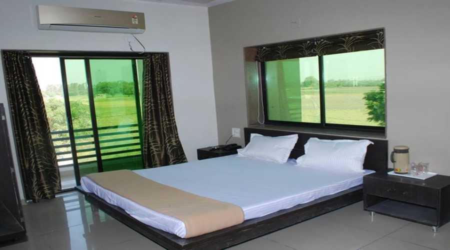 Economy AC,                                     HOTEL RAVI RAJ VIRAMGAM - Budget Hotels in Viramgam
