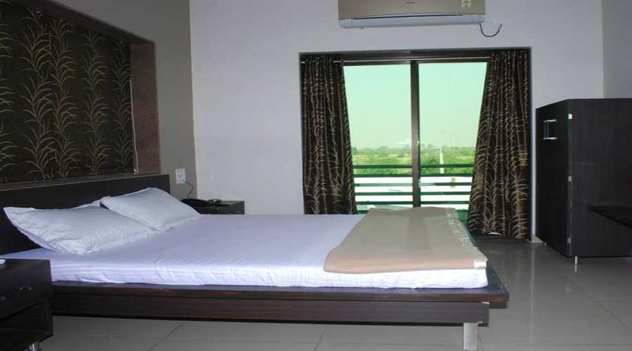 Executive AC,                                     HOTEL RAVI RAJ VIRAMGAM - Budget Hotels in Viramgam