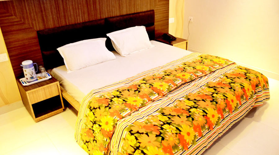Super Deluxe AC Room on EP, HOTEL BEHL REGENCY AMRITSAR - Budget Hotels in Amritsar