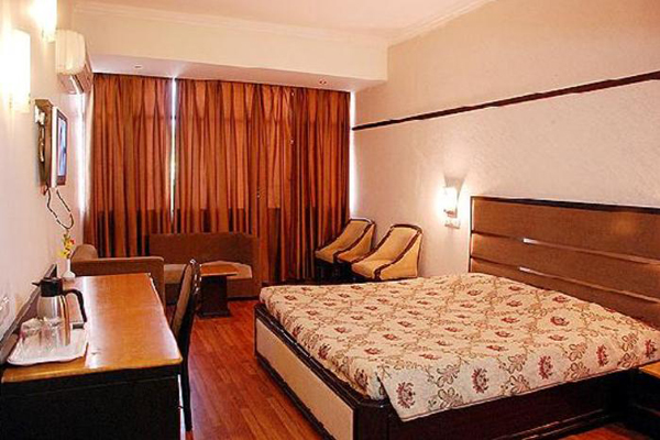Super Deluxe Room on CP, HOTEL SOUTHEND - Budget Hotels in Chandigarh
