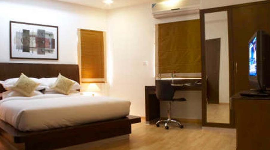Superior Suite Room, SHILTON RESIDENCE HOTEL BANGALORE (BED AND BREAKFAST HOTEL) - Budget Hotels in Bangalore