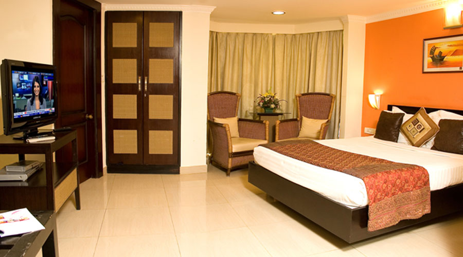 Luxury Suite Room, Shilton Suites Hotel Bangalore - Budget Hotels in Bangalore