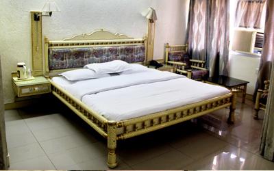 Shalimar Suite Room, Hotel Shalimar Bharuch - Budget Hotels in Bharuch