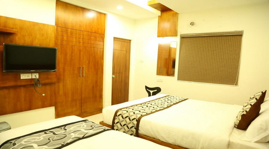 Classic Triple Room, Hotel 4 U Business Class, Periamedu - Budget Hotels in Chennai