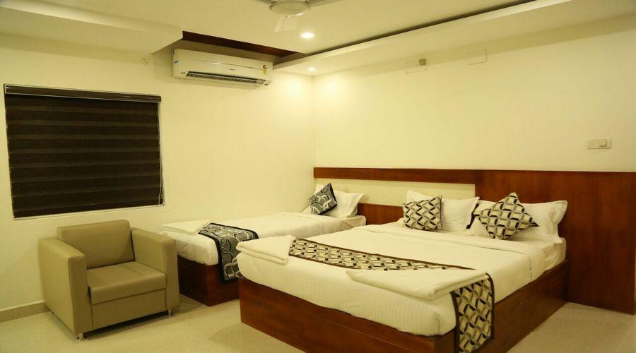 Elegant Triple Room, Hotel 4 U Business Class, Periamedu - Budget Hotels in Chennai