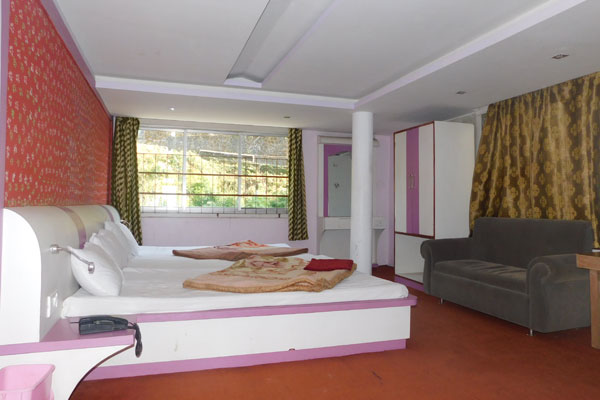 Triple Room, HOTEL SUNSHINE GANGTOK - Budget Hotels in Gangtok