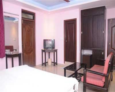 King AC Room With Balcony, PALOLEM GUEST HOUSE - Budget Hotels in Goa
